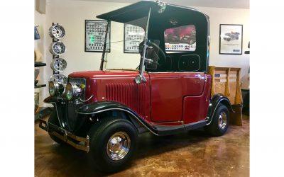 Vintage Roadster Golf Cart